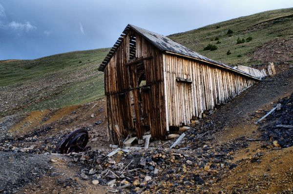 Iron Chest Mine Trail
